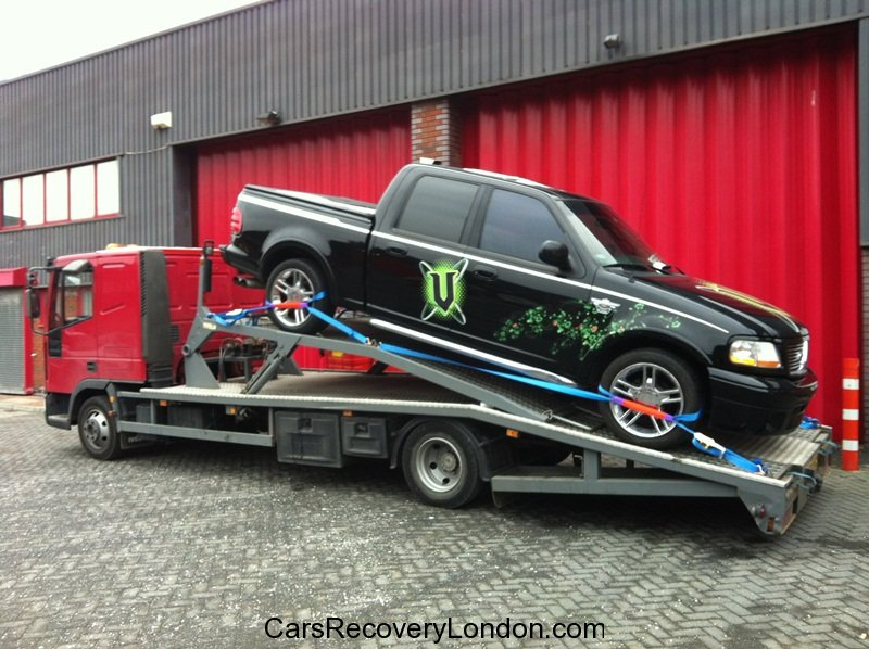 Pick up car transporter